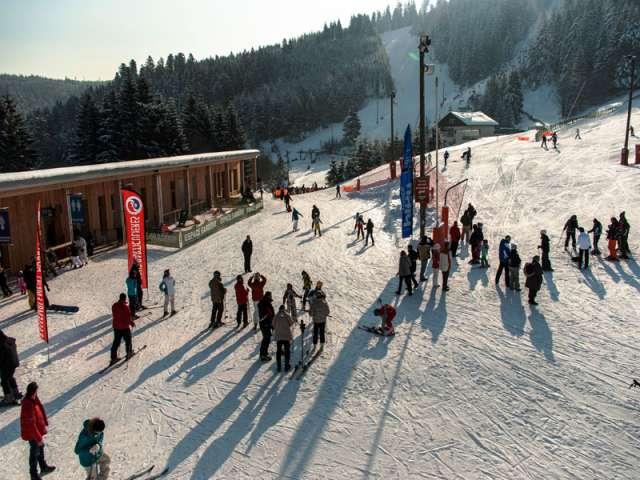 Ski pass + equipment