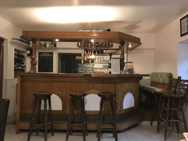 gpoir-bar-762