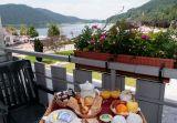 chambre avec balcon vue lac hotel beau rivage gerardmer vosges
