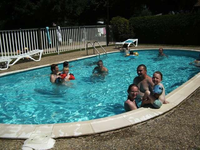 acacias-piscine-436