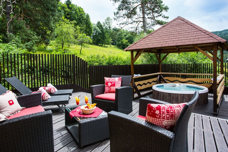 chalet haut jardin jacuzzi privé séjour romantique gérardmer vosges