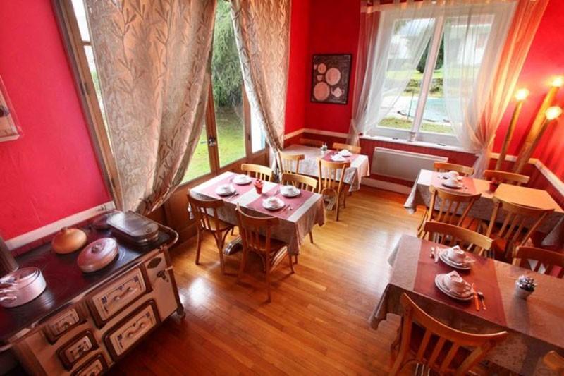 Hôtel Gérard d'Alsace 3 étoiles salle des petits déjeuners Gérardmer Vosges