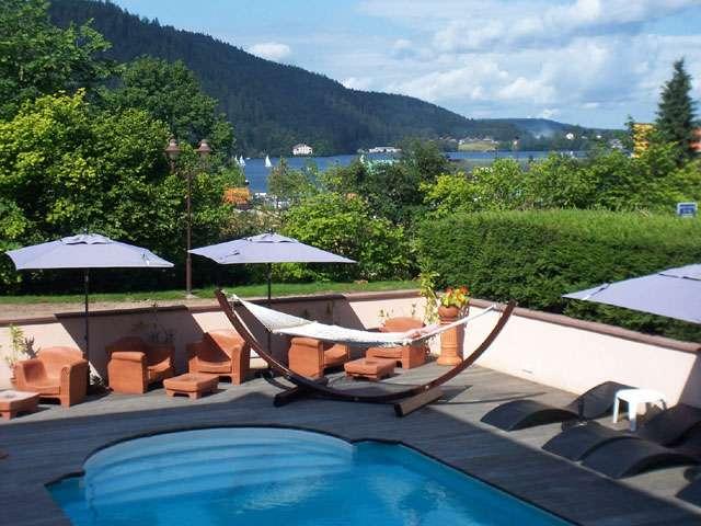 Hotel les loges du parc for Camping gerardmer piscine