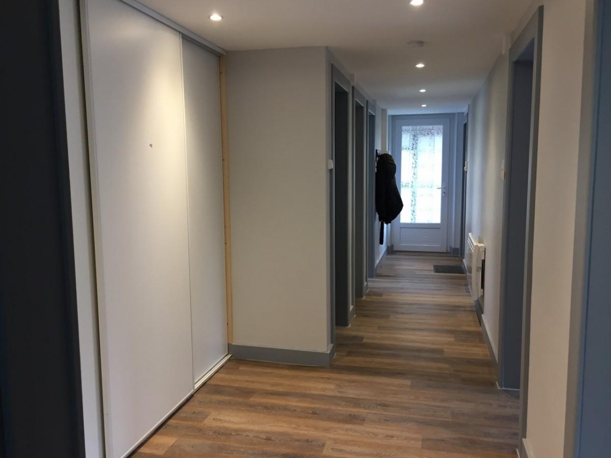 gf019-a373a-entree-couloir-887431