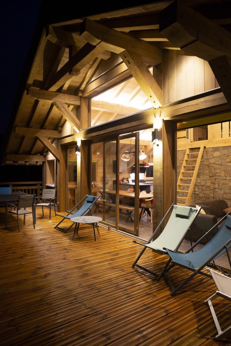 gd042-terrasse-de-nuit-910423