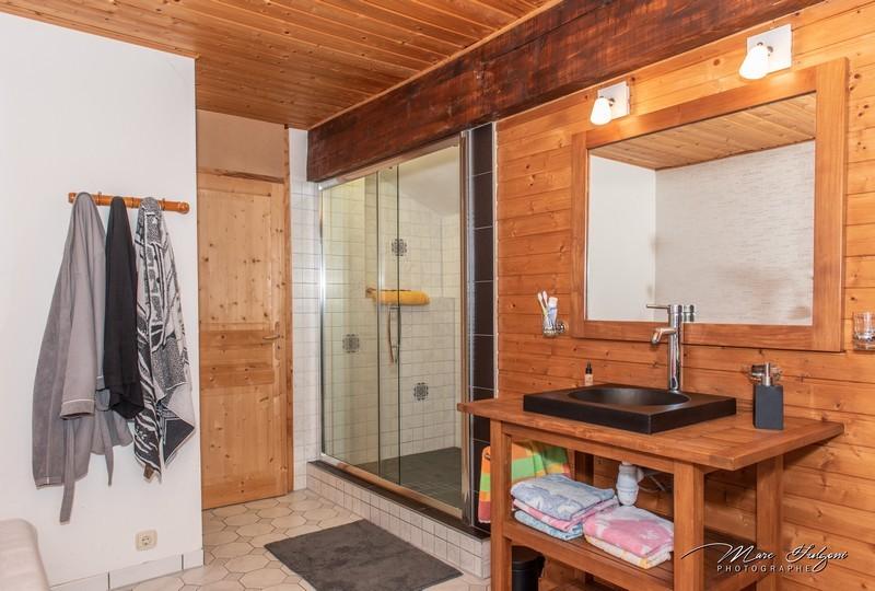 gr034-salle-de-douche-etage-683362