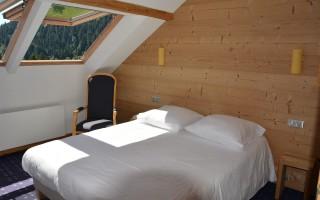 Chambre triple avec baignoire-Vue lac