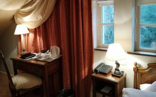 Room 418326-932883