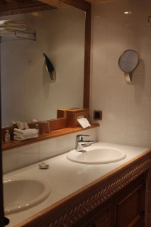 salle de bains chambre standard hotel bas rupts gerardmer