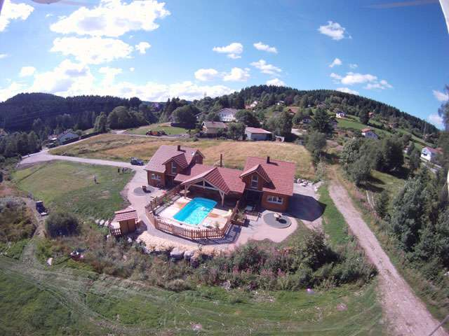 Chalet mitoyen 93 m 8 personnes for Camping gerardmer piscine